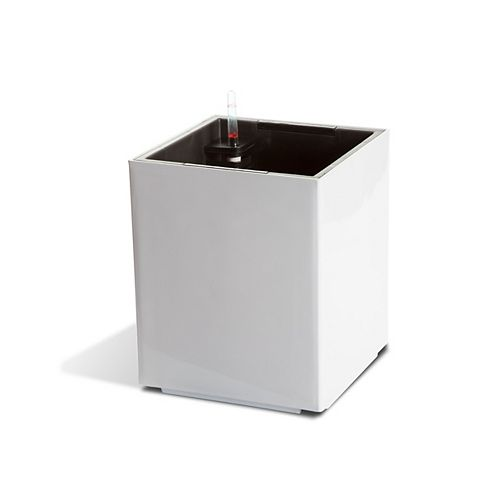 12401 Self-Watering Modena Cube Planter in Glossy White