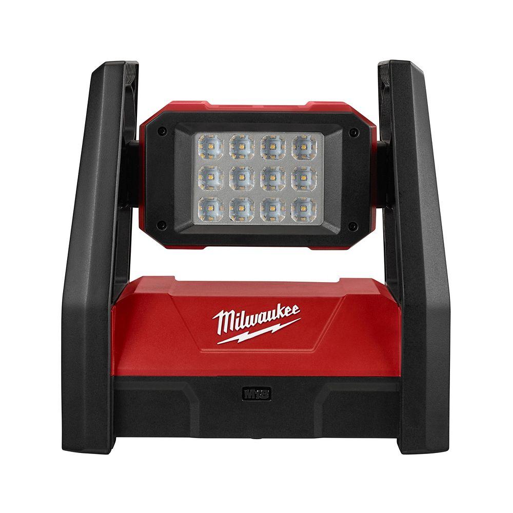 Milwaukee Tool M18 18V Lithium-Ion Cordless 3000-Lumen ROVER LED AC/DC Portable Flood Light (Tool Only)