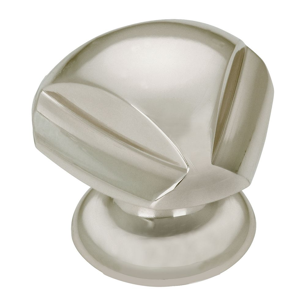 Richelieu 1 3/16 in (30 mm) x 1 3/16 in (30 mm) Brushed Nickel Contemporary Cabinet Knob