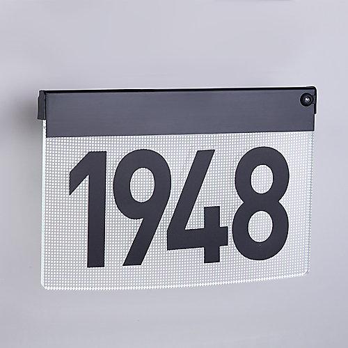 Plaque d'adresse contemporaine avec éclairage àDEL