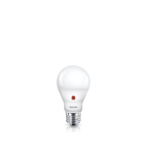 LED 60W A19 Dusk to Dawn Soft White (2700K)