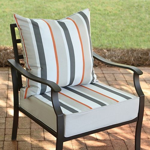 Hampton Bay 24-inch w x 24-inch D x 20-inch H Patio Deep Seating Set in Funk Stripe Multi-Colour - (2-Piece)