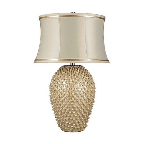 Lampe de table Pineville de 27po au fini crème perlé avec abat-jour en similisoie de couleur crème