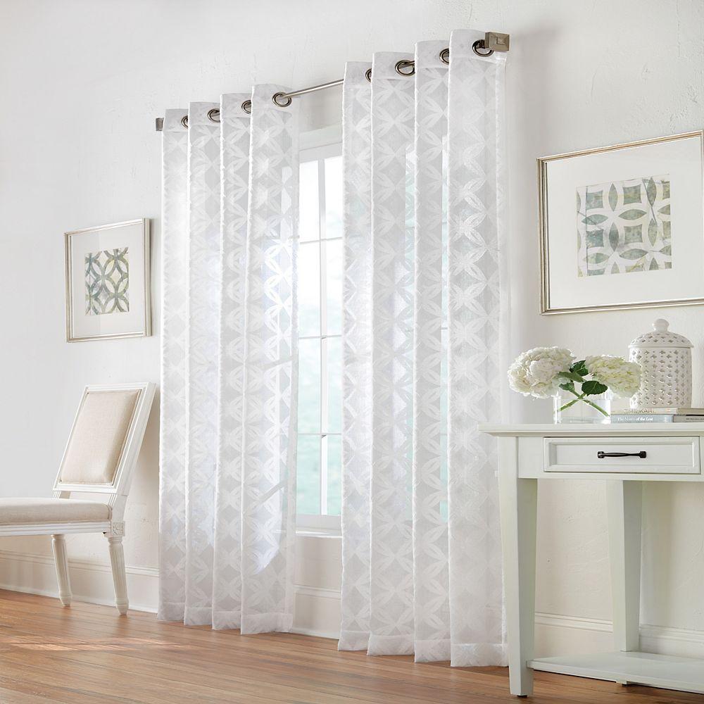 Home Decorators Collection Trillium Rideau à Oeillets Diaphane 52 pouces largeur X 95 pouces longueur, Blanc