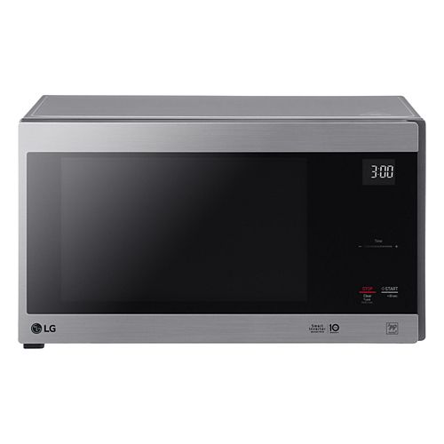 LG Electronics 1.5 cu. ft. Counter Top Microwave Oven with NeoChef Smart Inverter