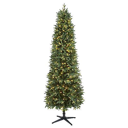 Arbre de Noël Shelton artificiel de forme étroite de 7,5pi pré-illuminé avec 350 ampoulesà DEL
