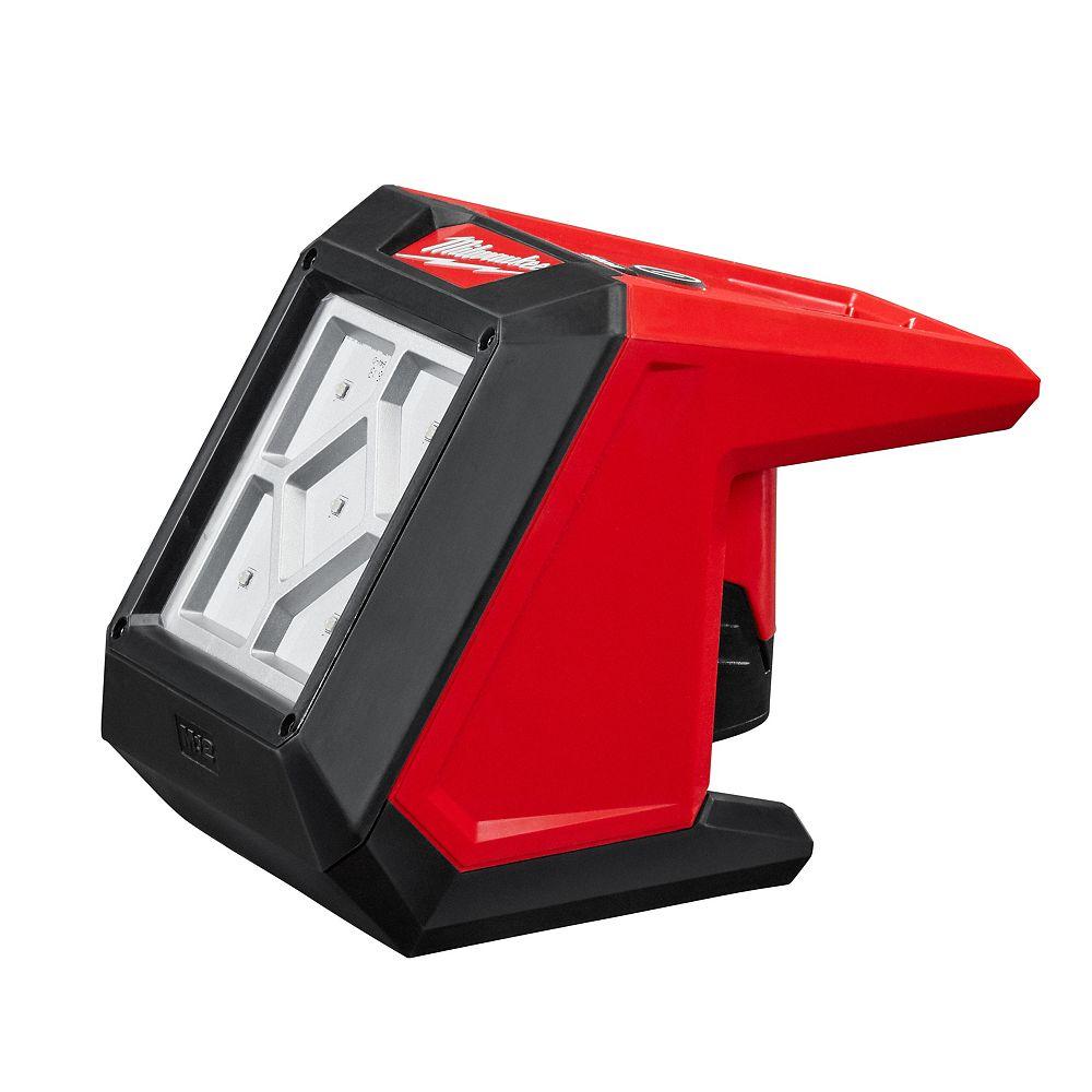 Milwaukee Tool Projecteur compact LED M12 12 volts 1000 lumens sans fil pour véhicules de tourisme (outil seulement)