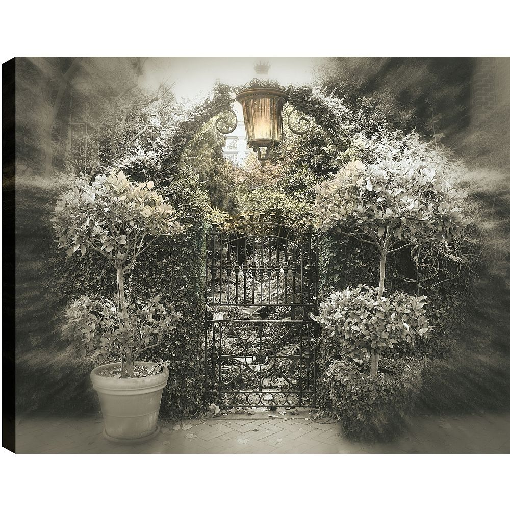 Art Maison Canada Gate' Photographic Print on Wrapped Canvas