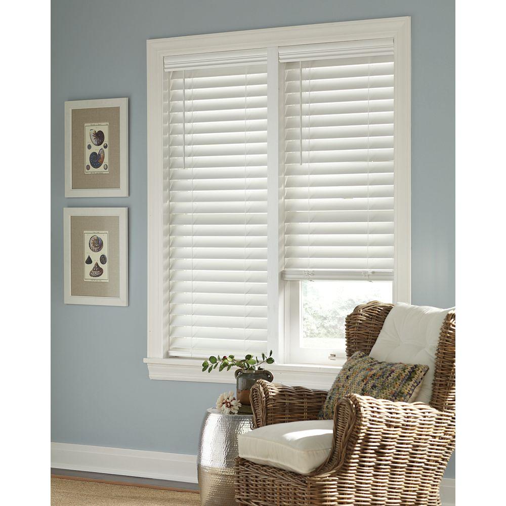 Home Decorators Collection 60 Po Largeur x 48 Po Longueur, 2,5 Po Stores En Similibois Sans Fil, Blanc