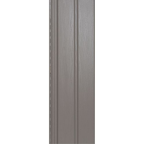 Ce soffite beige et havane Sand d'Abtco est à la fois élégant et durable. Ce soffite est conçu dans un superbe style Double 5 avec effet grain de bois de 10 pouces x 12 pieds. Ce soffite est idéal pour votre prochain projet de rénovation de maison.