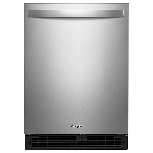 24-inch W 5.1 cu. ft. Undercounter Fridge in Fingerprint Resistant Stainless Steel - Right Door Swing