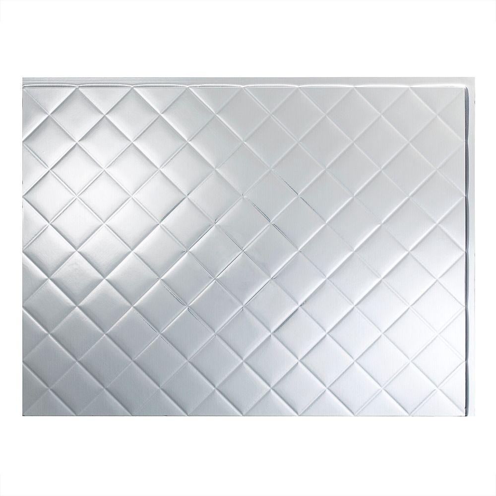 Fasade Quilted Aluminium Brossé 18 po x 24 po Panneau en PVC Pour Dosseret