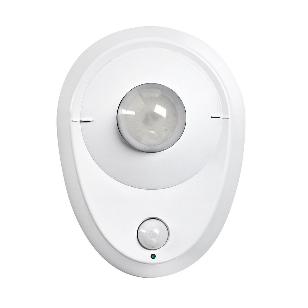 Leviton LED Ceiling Occupancy Sensor Lampholder with 8.7W LED Module, 8.7W-120VAC, 60Hz - White