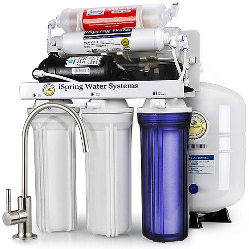 RCC7P-AK Système de filtration osmose inverse, 6 étages + pompe de suralimentation et filtre
