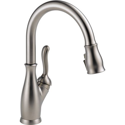 Leland Single-Handle Pull-Down Sprayer Kitchen Faucet with ShieldSpray in Stainless Steel