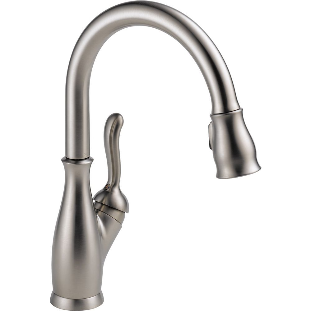 Delta Leland Single Handle Pull-Down Kitchen Faucet, SpotShield Stainless