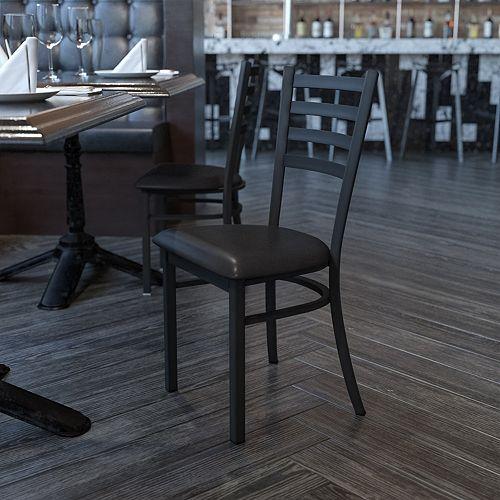 Chaise en métal avec dossier à traverses horizontales