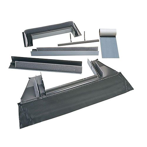 VELUX Solin toiture relief élevé - puits de lumière à monter sur cadre - cadre extérieur: 17 1/2 po large