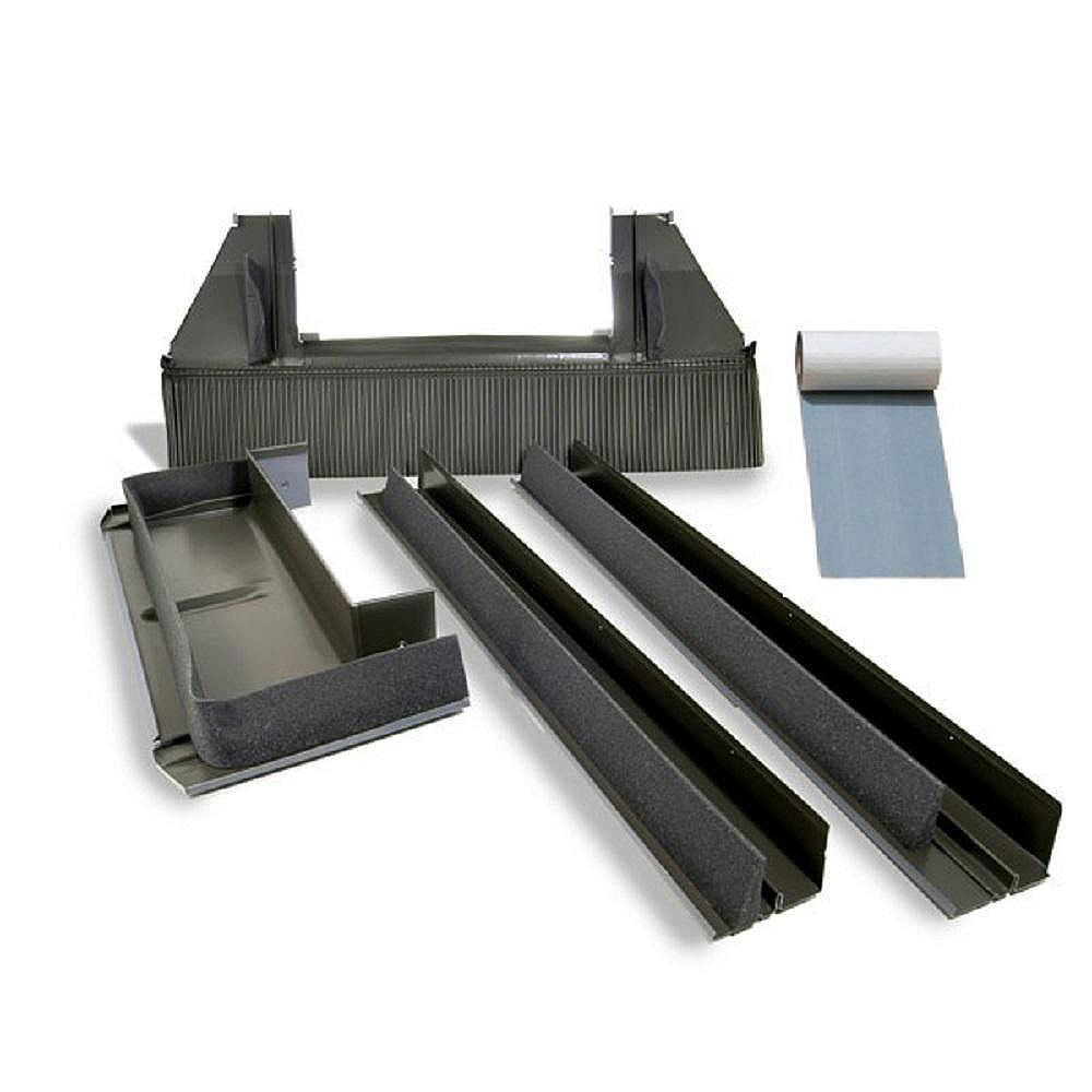 VELUX Solin toiture relief élevé EDW - puits de lumière cadre intégré - cadre ext largeur 23 1/4 (D06&D26)