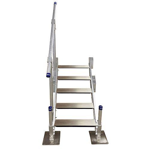 Escalier en aluminium à cinqmarches avec rampe