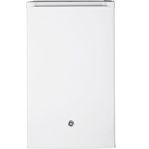 4.4 Cu.Ft. Compact Refrigerator Mini Fridge in White- ENERGY STAR®
