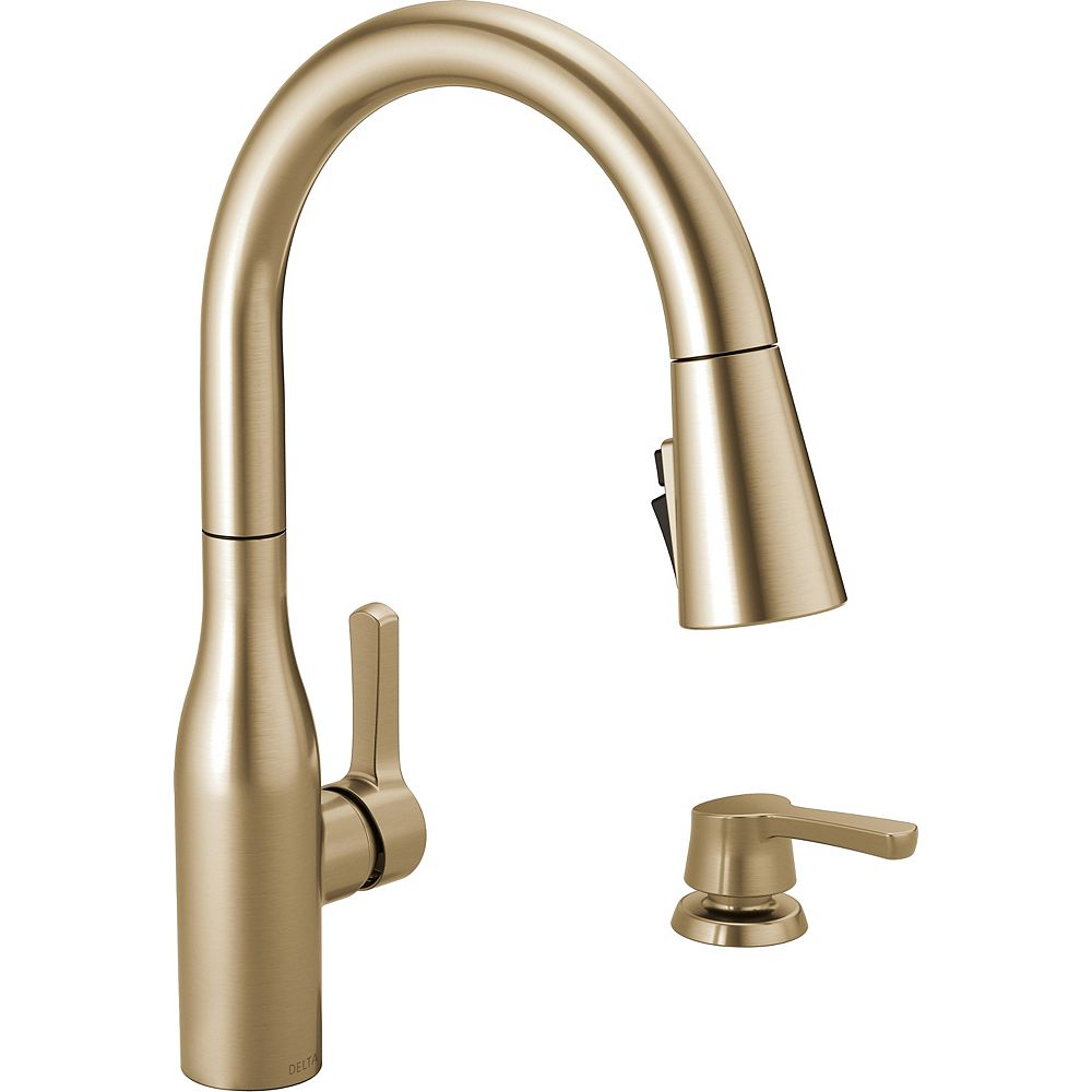 Delta Marca Single-Handle Pull-Down Sprayer Kitchen Faucet with ShieldSpray Technology in Champagne Bronze