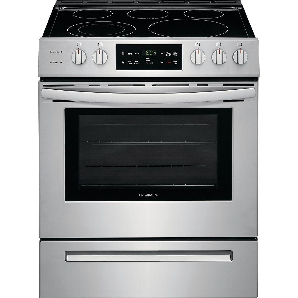 Frigidaire cuisinière électrique autoportante avec four autonettoyant en acier inoxydable de 30 po cu. 5,0 pi. cu. à commande frontale