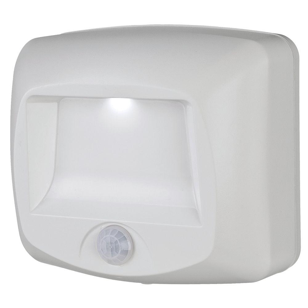 Mr. Beams Wireless Motion Sensor LED Light Step/Deck - White - 35 lumens - Multi-Purpose