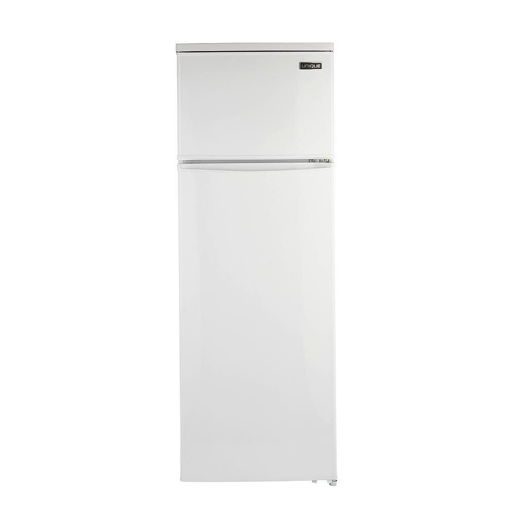 Unique 13 cu. ft. 370L Solar DC Top Freezer Refrigerator in White