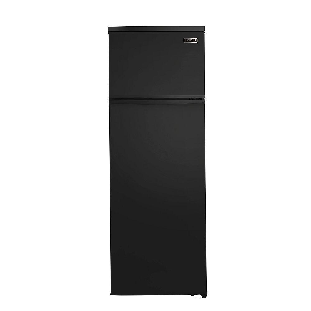 Unique 13 cu. ft. 370L Solar DC Top Freezer Refrigerator in Black