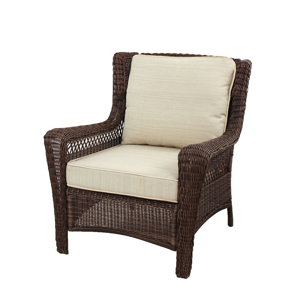 Hampton Bay Park Meadows Brown Wicker Lounge Chair w/ Beige Cushion