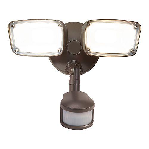 LED Twin Head Motion Light, Bronze