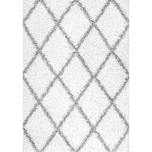 Shanna Shaggy White 5 ft. 3-inch x 7 ft. 6-inch Indoor Area Rug
