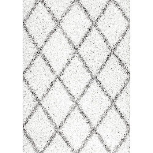 Shanna Shaggy White 6 ft. 7-inch x 9 ft. Indoor Area Rug