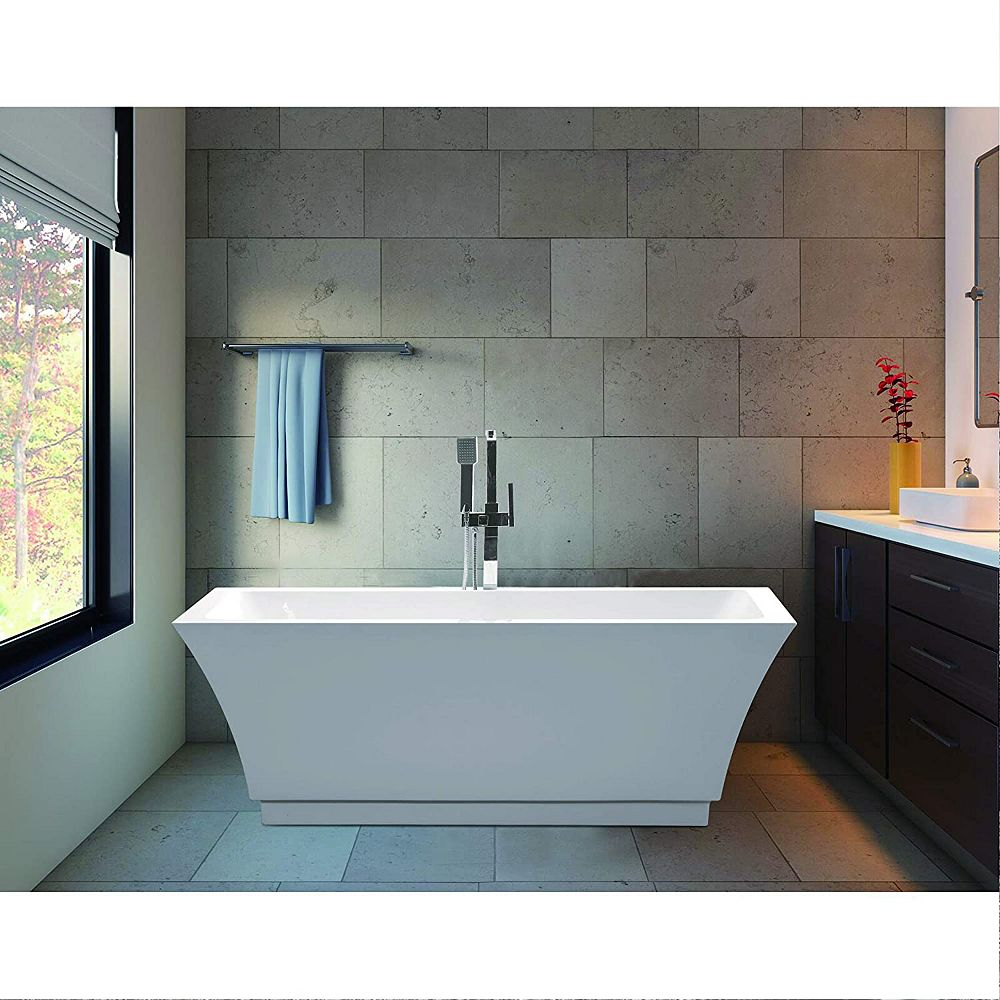 Vanity Art Freestanding acrylic bathtub with polished chrome slotted overflow and pop-up drain. 6817