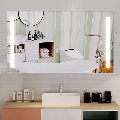 Miroir de salle de bains DEL et interrupteur à capteur. DEL bleue et blanche 5500K. 0.7W, 72pcs. 48