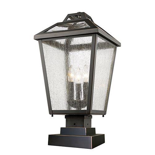 Lampadaire extérieur à 3 ampoules au fini bronze huilé avec abat-jour en verre transparent