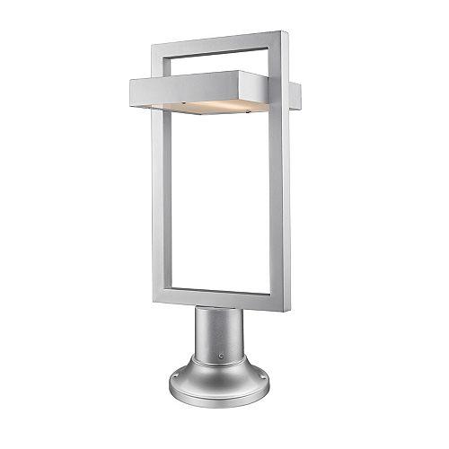 1 lumière LED argentée pour montage sur pilier avec verre dépoli - 10,5 pouces