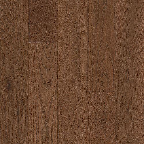 Bruce Oak Oakleaf Brown 3/4-inch T x 5-inch W x Varying L Solid Hardwood Flooring (23.5 sq. ft./case)