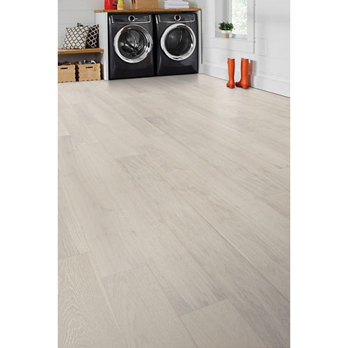 6.5-inch x 1/2-inch Ashville White Oak Click Engineered Hardwood Flooring (17.05 sq. ft. / case)