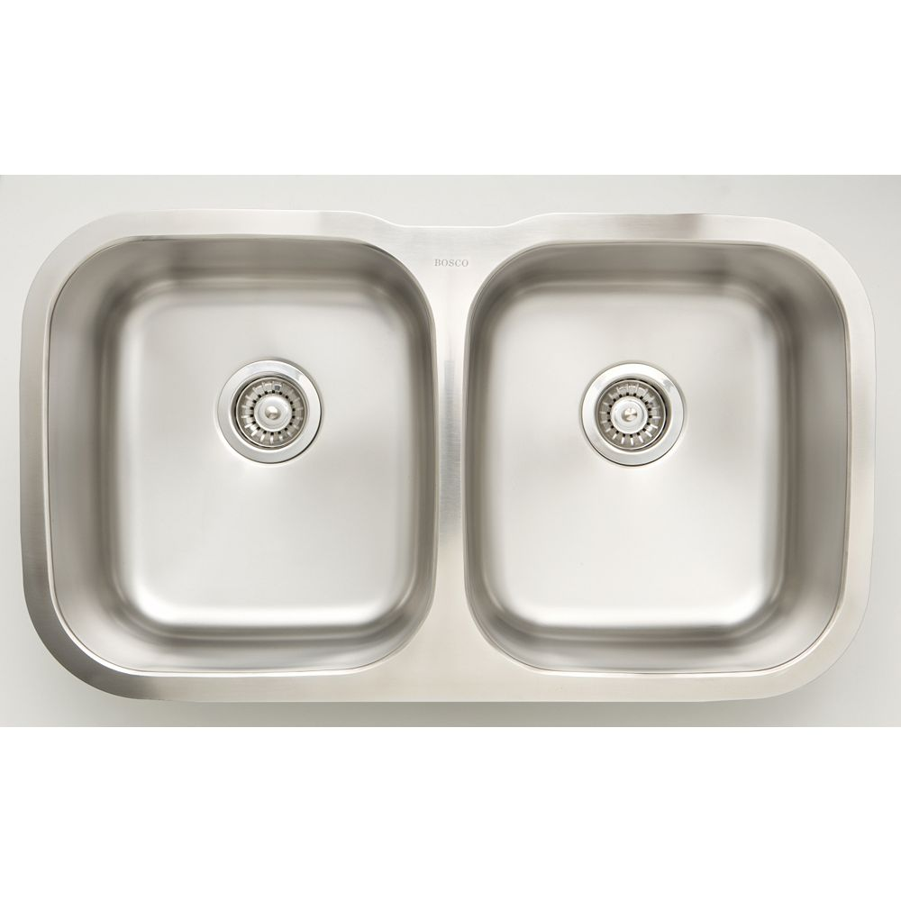 American Imaginations 32.25-inch W Undermount Kitchen Sink For a Wall Mount Drilling with 3.17 cu.ft