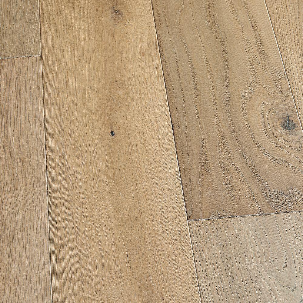 Malibu Wide Plank Plancher, bois d'ingénierie, 0,5 po x 7,5 po x longeurs variées, Chêne français Delano, 23,32 pi2/boîte