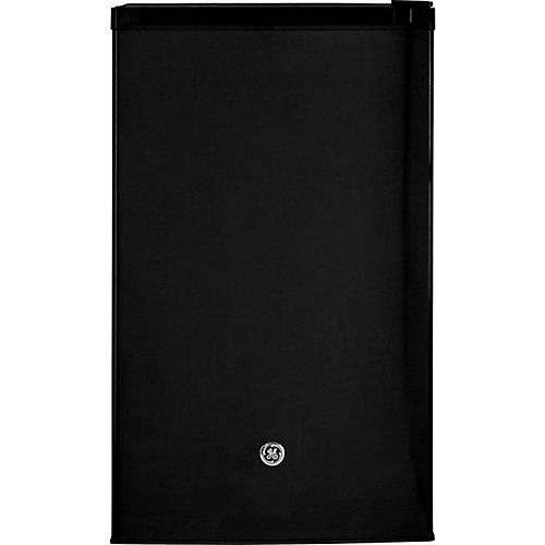 4.4 Cu. Ft. Compact Refrigerator- Black