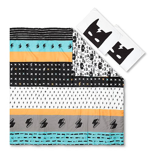 DreamIt Black and White Superheroes Reversible Full Comforter and Pillowcases