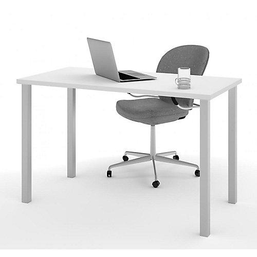 Table 24 po. x 48 po. avec pattes de métal carrées - Blanc