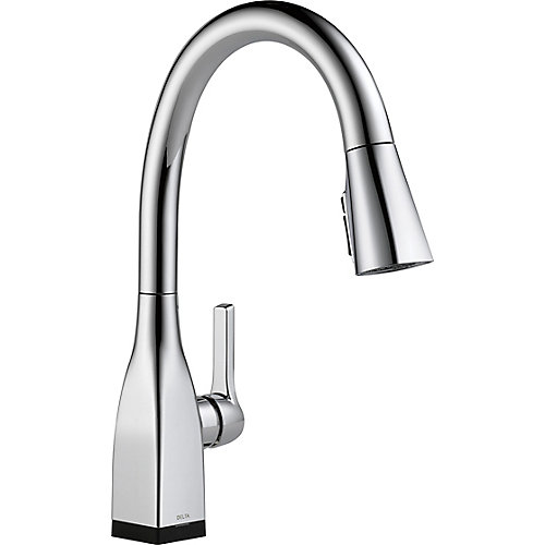 Mateo Single Handle Pull-Down Kitchen Faucet with Touch2O and ShieldSpray Technologies in Chrome