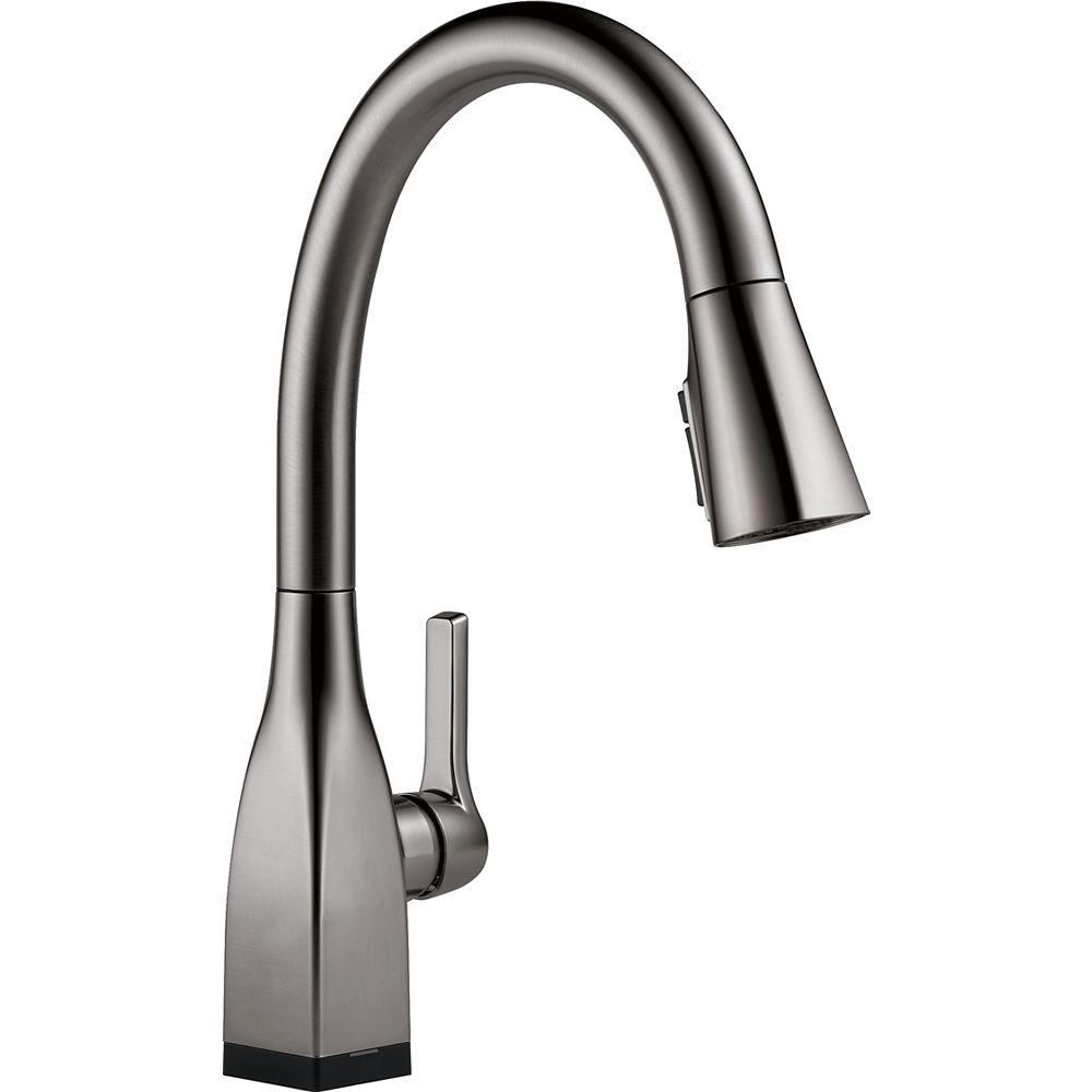 Delta Mateo Single Handle Pull-Down Kitchen Faucet with Touch2O and ShieldSpray Technologies, Black Stainless