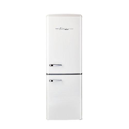 Réfrigérateur, 7 cu/pi, congélateur en bas rétro de 21,6 po, blanc