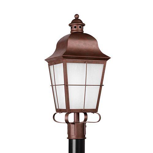 Pilier monture lumière Chatham à une ampoule avec abat-jour givré, finition de spécialité