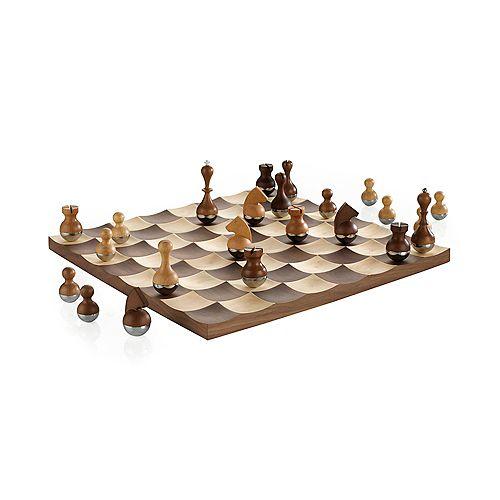 Wobble Chess Set Walnut
